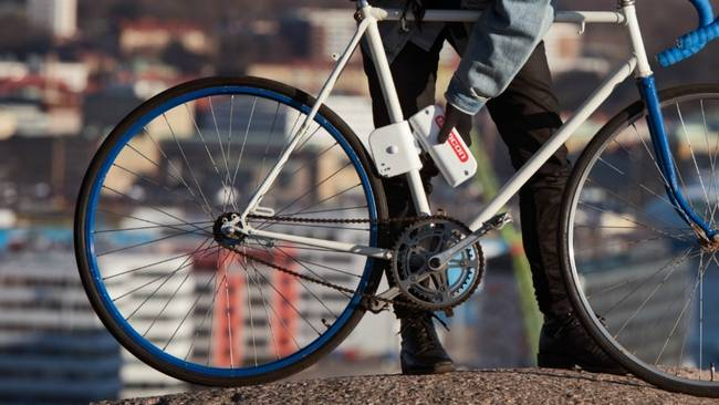 This Little Electric Motor Could Convert Your Bike To An Ebike 8216